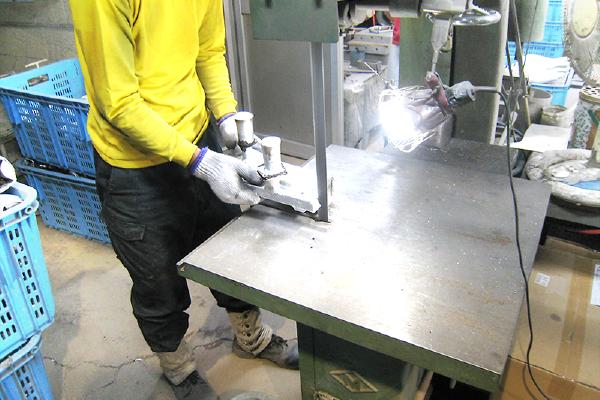生型鋳造の流れ仕上げ