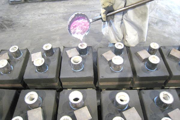 プレート型鋳造の流れ 鋳造