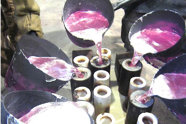 砂型鋳造の流れ 鋳造